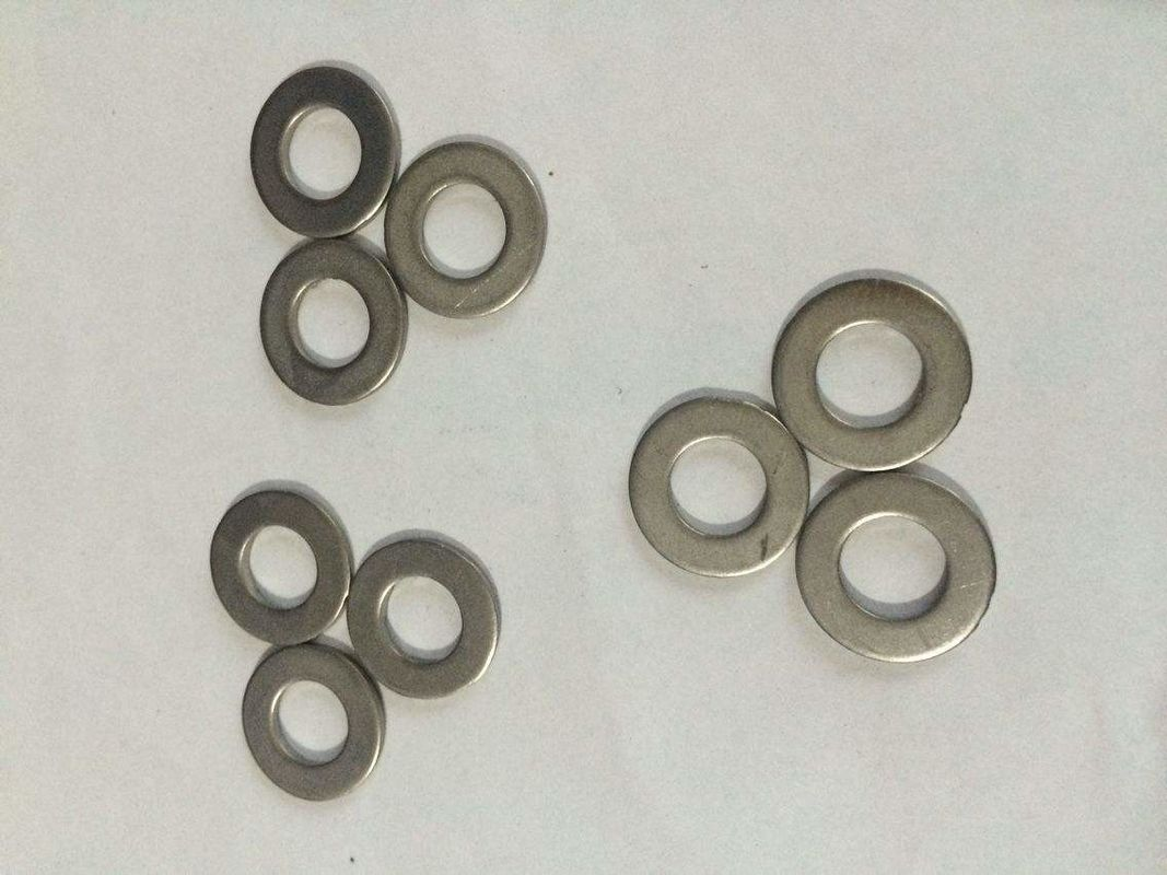 Carbon Steel Material Flat Metal Washers Hot Dip Galvanizing M10 White Zinc Plated
